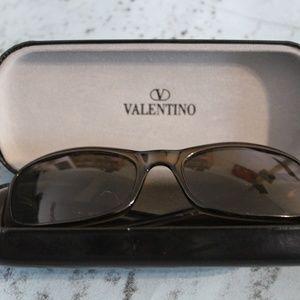 Valentino Garavani Brown Slim Round V Sunglasses